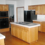 Image of kitchen before it was remodeled.